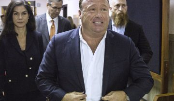 Alex Jones, la mauvaise blague