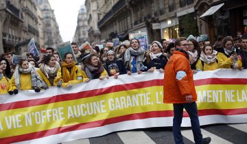 Du monde à la manif anti-avortement à Paris