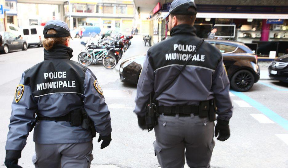 Des Armes A Feu Pour La Police Municipale Le Courrier