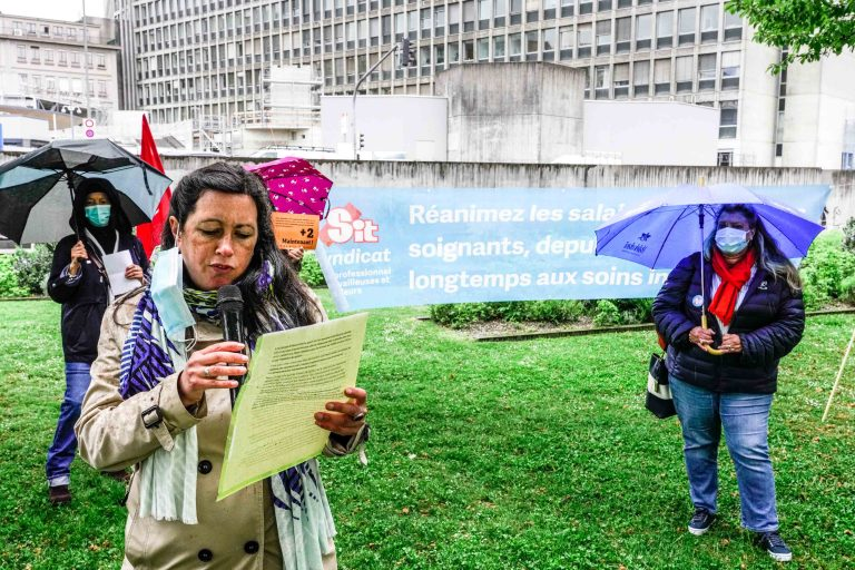 Mobilisations syndicales devant l'hôpital